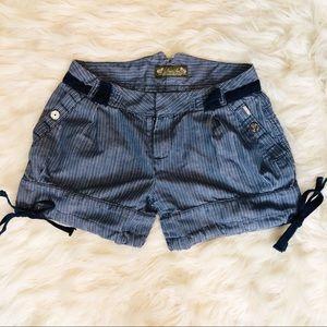 Women's Vintage Diesel Shorts Size 26 🌻!